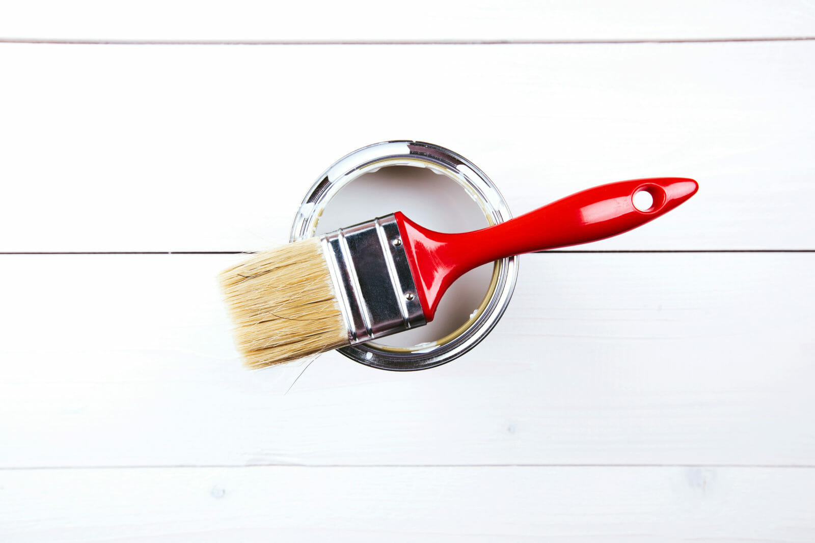 Everything you need to know about decorator's varnish